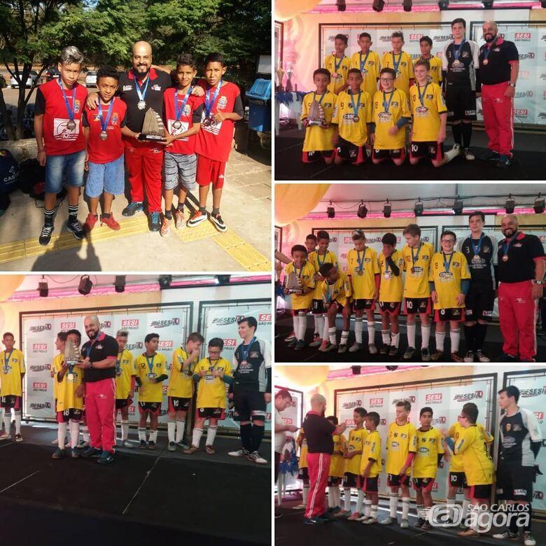 Vitória dá o 3º lugar ao Centro da Juventude Elaine Viviane na Copa Sesi - Crédito: Divulgação