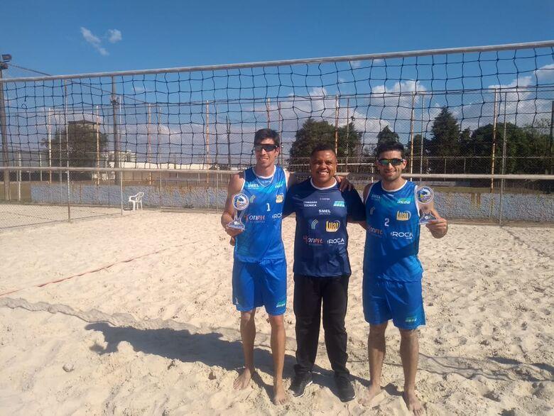 Time de vôlei de praia está invicta na temporada - Crédito: Divulgação