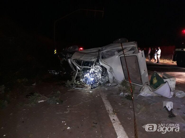 Acidente mata três pessoas em Araraquara - Crédito: Araraquara News