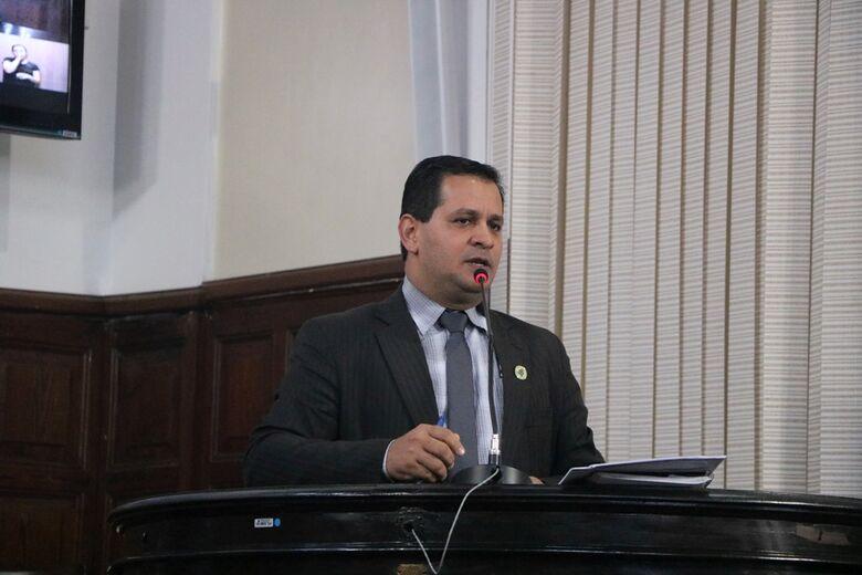 No requerimento, Roselei questiona a Prefeitura por que razão a Vigilância Sanitária está alocada no prédio do CAPS III - Crédito: Divulgação