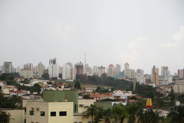 Terça-feira com chuva no estado de São Paulo -