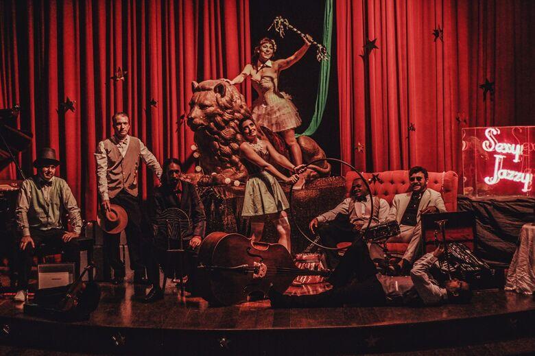 A banda paulistana Sexy Jazzy traz releituras de grandes clássicos - Crédito: Divulgação