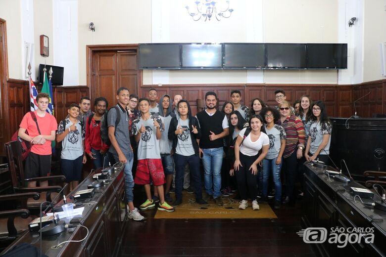 Alunos da escola Carmine Botta visitam a Câmara Municipal - Crédito: Divulgação