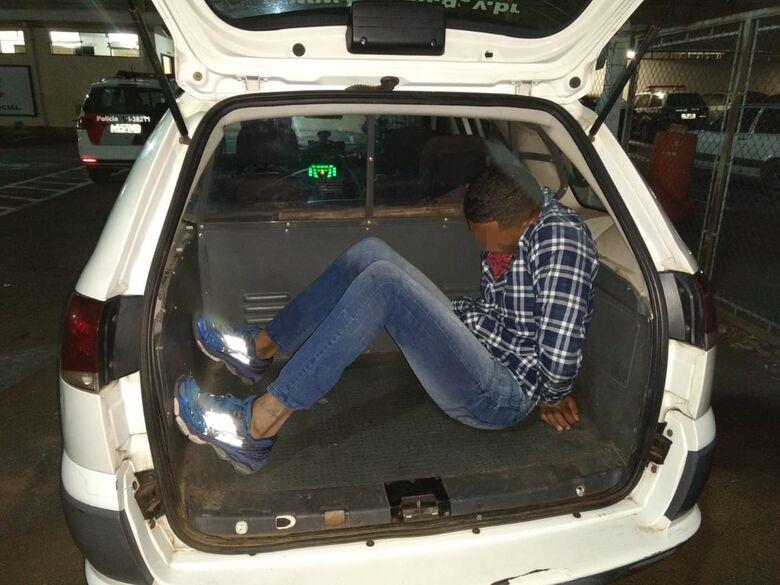 Jovem é detido após furto em residência na Vila Prado - Crédito: Luciano Lopes