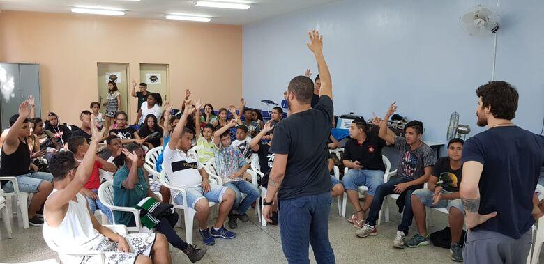 Alunos da Banda Marcial de Ibaté participam de workshop - Crédito: Divulgação