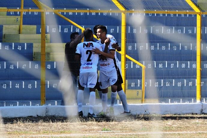 Lobão fez seu último jogo como mandante pela Segunda Divisão na temporada: e se despediu com nova goleada - Crédito: Gustavo Curvelo/Divulgação