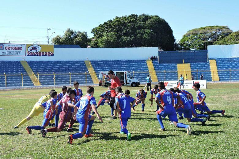 Equipes sub11 e sub13 tentam se reaproximar das primeiras posições - Crédito: Gustavo Curvelo/Divulgação