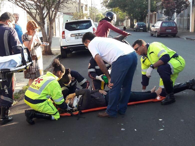 Após atropelar cão, motociclista sofre queda - Crédito: Arquivo/SCA