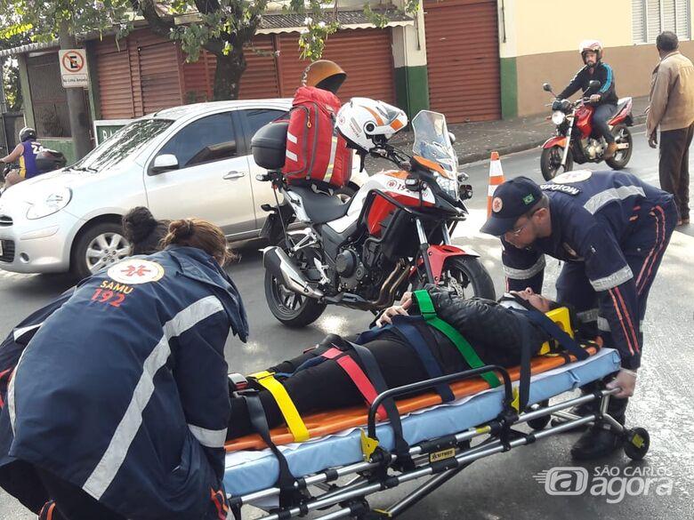 Óleo no asfalto faz duas vítimas nos altos da Vila Nery - Crédito: Maycon Maximino
