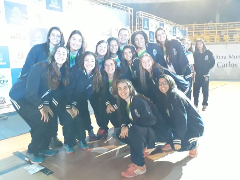 Meninas de ouro de São Carlos: handebol feminino sonha alto nos Regionais - Crédito: Divulgação