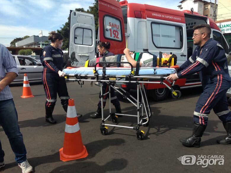 Colisão entre carro e moto deixa rapaz ferido no Jardim Lutfalla - Crédito: Luciano Lopes