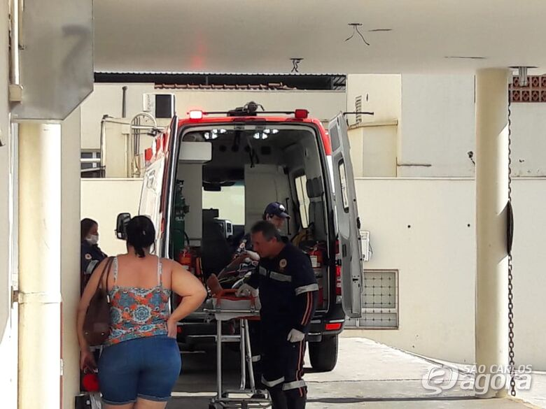 Após ficar trancada, doméstica se joga de sacada e fratura a perna - Crédito: Maycon Maximino