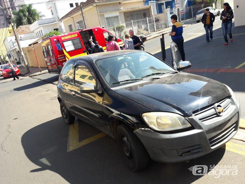 Avó e neta ficam feridas em acidente no Centro -