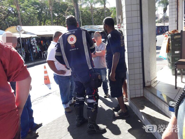Homem é atropelado no centro de São Carlos - Crédito: Maycon Maximino