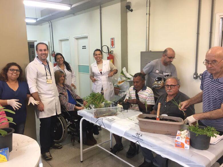 Em São Carlos, pacientes com Parkinson se aproximam da natureza - Crédito: USE/UFSCar