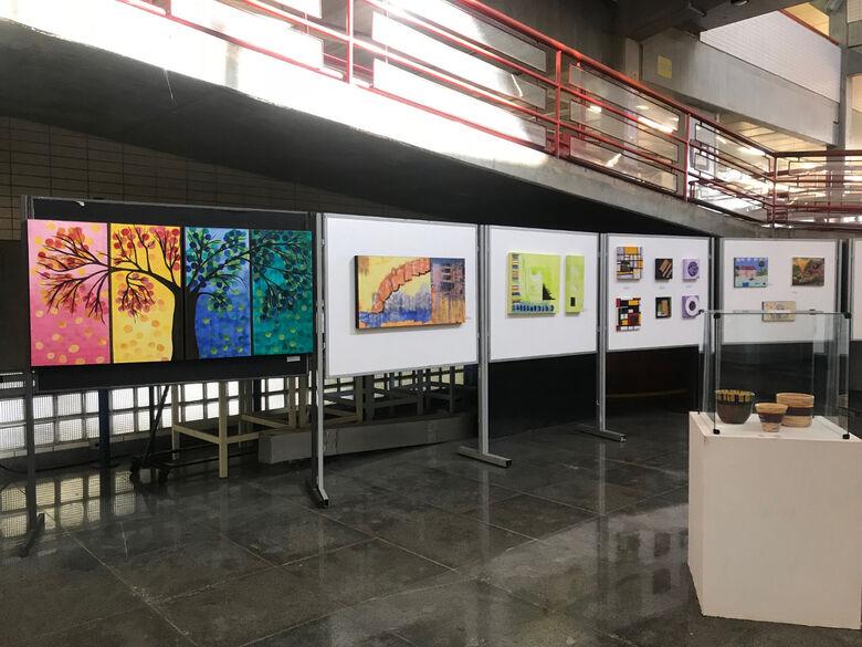 Ídolos do rock e pinturas são retratadas por pessoas com deficiências - Crédito: Adriana Arruda/CCS-UFSCar