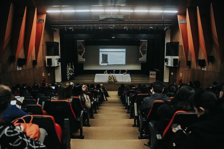 Etapa presencial reuniu 500 profissionais da área - Crédito: Thais Siqueira/CCS/UFSCar