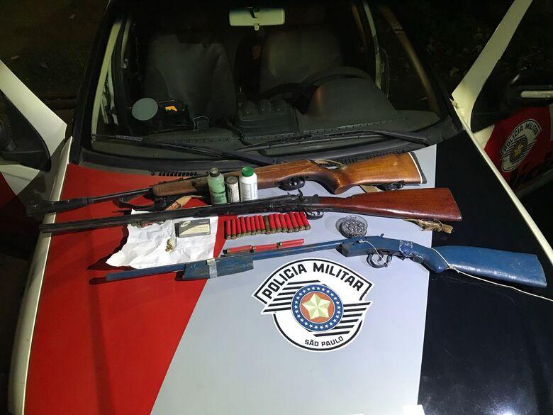 Homem é detido com armas de fogo - Crédito: Divulgação