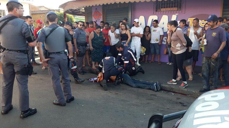 Homem é atingido por tiros no Aracy - Crédito: Maycon Maximino