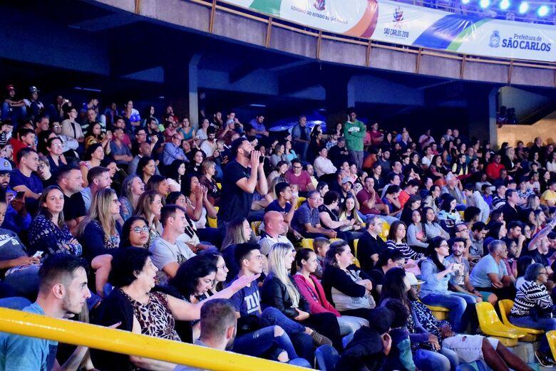 Público prestigia a abertura dos 62º Jogos Regionais -