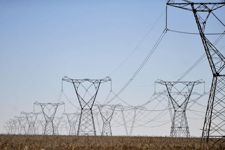 Conta de luz subirá até 3,86% com reajuste de receita de hidrelétricas - Crédito: Agência Brasil