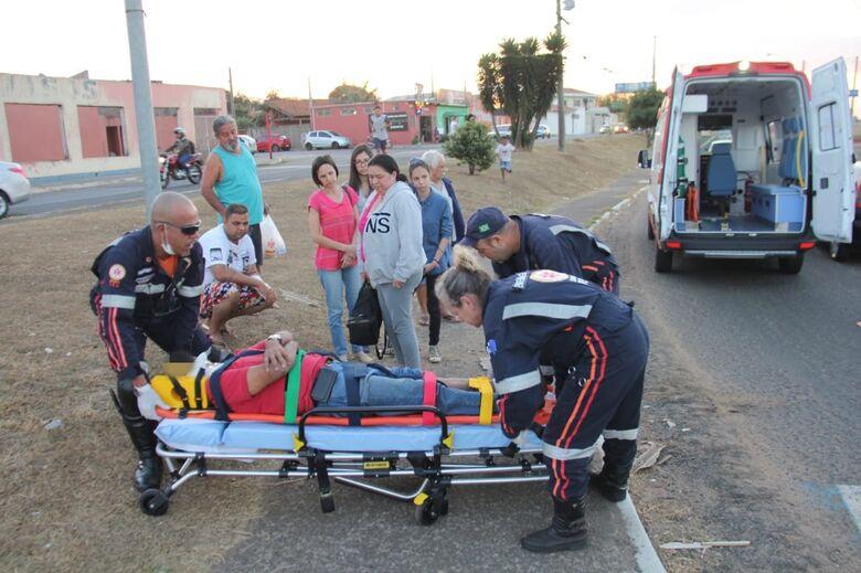 Homem é atropelado por carro no Santa Felícia - Crédito: Maycon Maximino