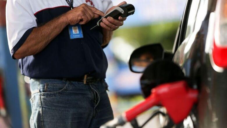 Petrobras anuncia aumento de 1,07% para gasolina; o segundo do mês - Crédito: Agência Brasil