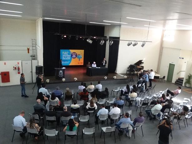 A partir de novembro, São Carlos passa a ter sinal digital em TVs - Crédito: Marcos Escrivani