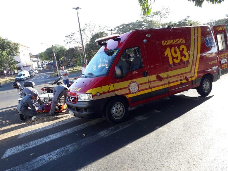 Motos colidem e duas mulheres ficam feridas no Macarengo - Crédito: Maycon Maximino