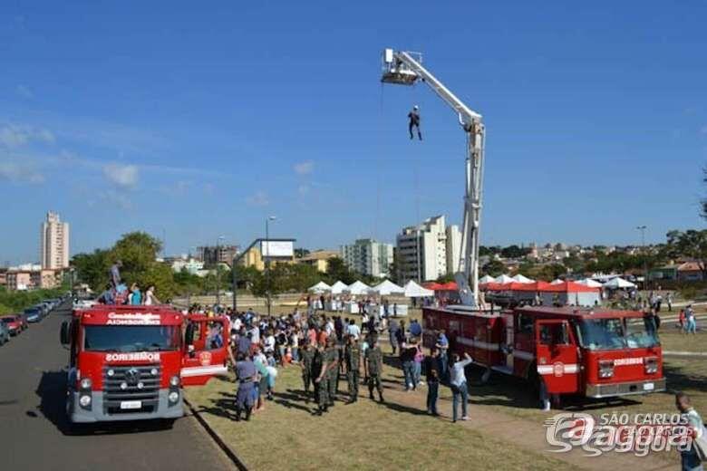 Festa em comemoração ao Dia do Bombeiro acontece neste domingo (1º) -