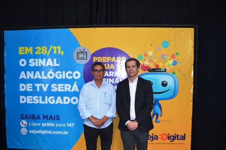 Prefeitura de Ibaté assina acordo de cooperação para migração do sinal de TV Digital - Crédito: Divulgação