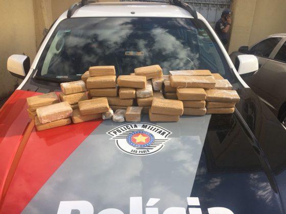 Homem é preso com 50 kg de maconha que seriam trazidos para São Carlos - Crédito: X-Tudo Ribeirão