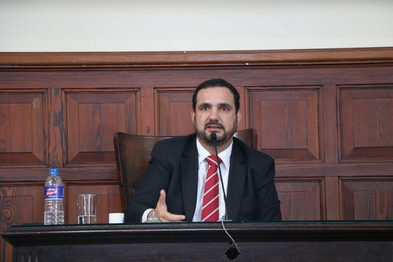 Julio Cesar cobra aumento do repasse do Fundeb para Educação Especial - Crédito: Divulgação