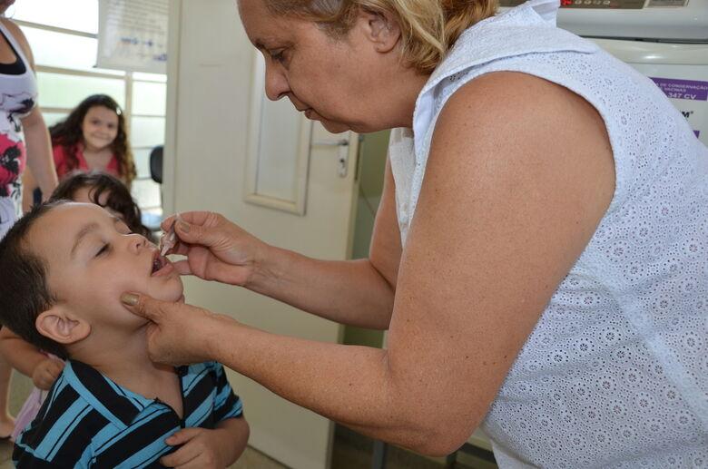 Campanha Nacional de Vacinação contra a Poliomielite será realizada em todo país de 6 a 31 de agosto -