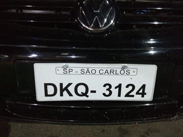 Carro com placa falsa é apreendido no Antenor Garcia - Crédito: Luciano Lopes