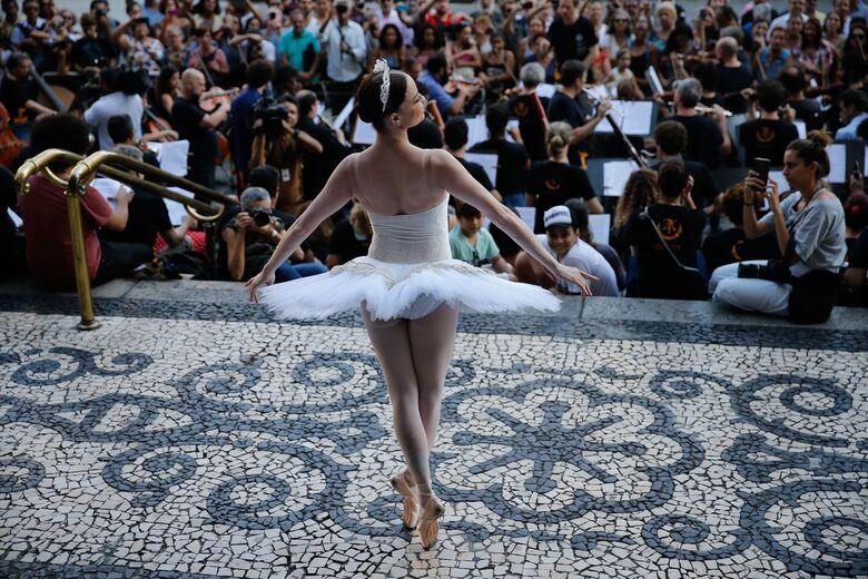 Pesquisa da UFSCar investiga estratégia que pode prevenir lesões em bailarinas - Crédito: Fernando Frazão/Agência Brasil