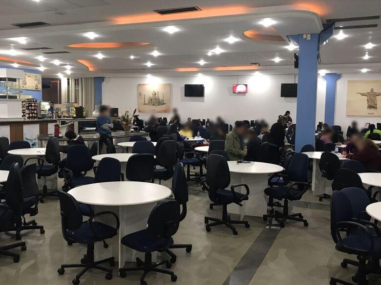 PM descobre bingo irregular na Vila Nery - Crédito: Colaborador