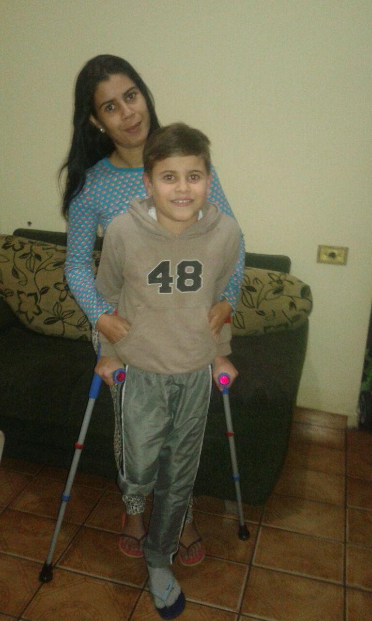 Família do pequeno Kauã retorna a São Carlos e pede ajuda da população - Crédito: Divulgação