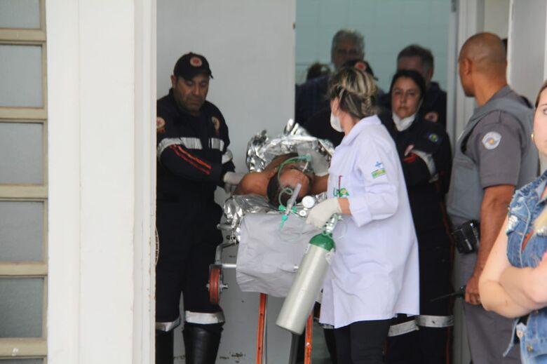 Homem baleado dá entrada na UPA Vila Prado - Crédito: Maycon Maximino