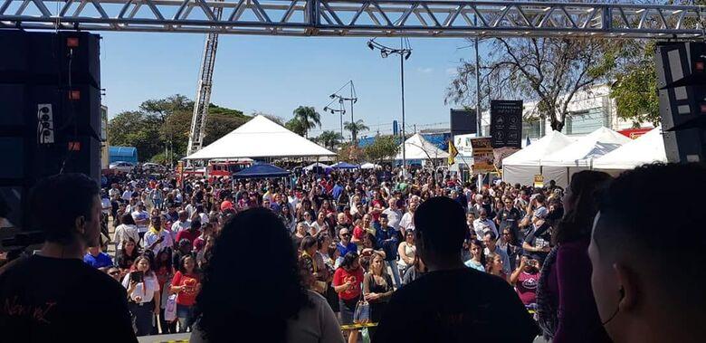 Quebrando o Silêncio reúne milhares de pessoas no Centro de São Carlos - Crédito: Divulgação