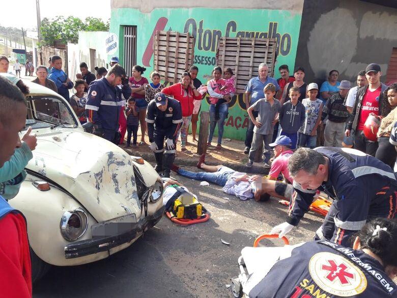 Violenta colisão deixa casal ferido no Antenor Garcia - Crédito: Maycon Maximino e Nilson