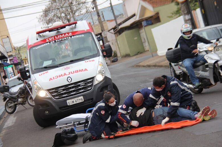 Motociclista sofre acidente na Antonio Blanco - Crédito: Maycon Maximino