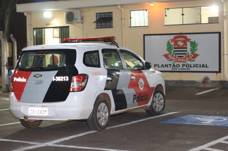 Motorista provoca colisão traseira no Jardim Lutfalla - Crédito: Marco Lúcio