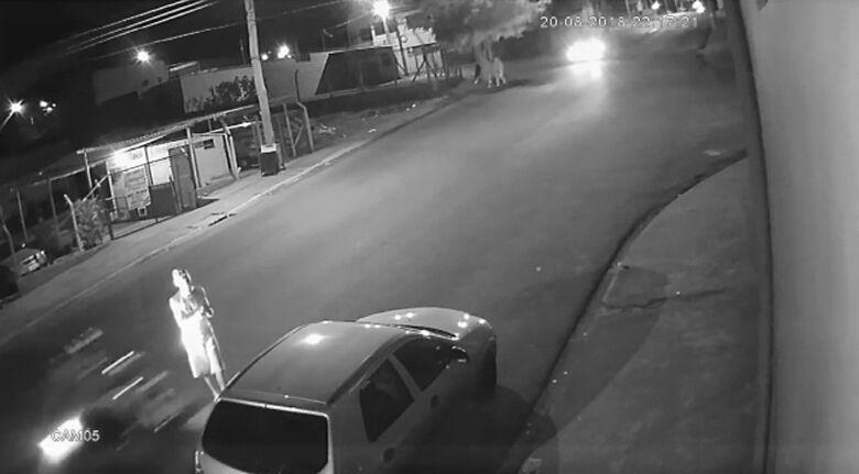 Câmera flagra atropelamento no Aracy II; moradores pedem instalação de lombada - Crédito: Divulgação