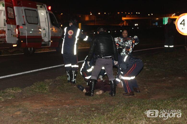 Caminhão atropela e mata homem na rodovia Washington Luís em São Carlos - Crédito: Marco Lúcio