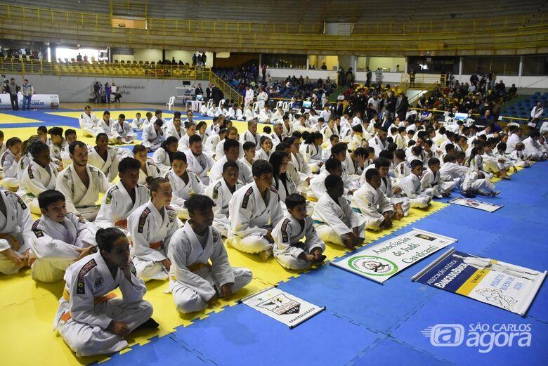 Aproximadamente 500 atletas participam da etapa paulista do Judô em São Carlos - Crédito: Divulgação