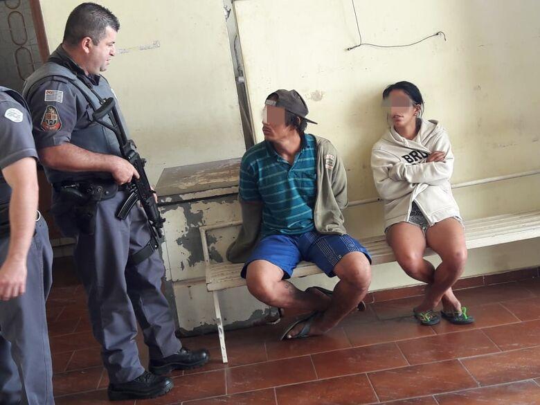 Casal é detido durante tentativa de furto a residência - Crédito: Maycon Maximino