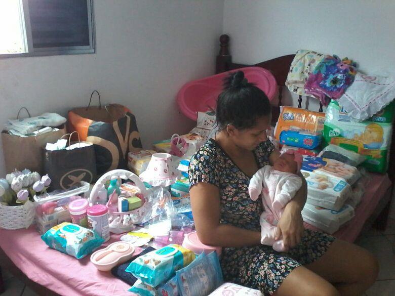 População são-carlense abraça a pequena Manuela e transmite carinho e solidariedade - Crédito: Divulgação
