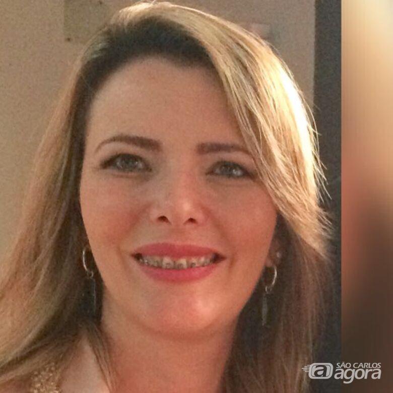 """""""A Constelação Sistêmica como Política Pública por Dra. Adhara Campos Vieira"""" -"""