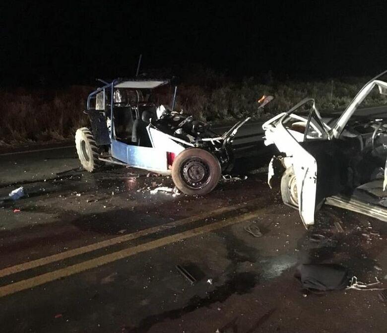 Motorista acusado de embriaguez provoca colisão e mata pai e filho em acidente trágico - Crédito: Redes Sociais